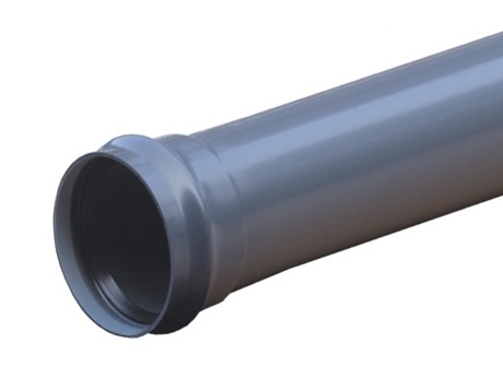 Напорная труба ПВХ PN10 для напорного водопровода для транспортировки жидкости под давлением.