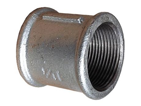 Муфта чугунная оцинкованная для соединения двух трубопроводов в одну систему для водогазопроводных труб в отоплении, водоснабжении и газопроводе.